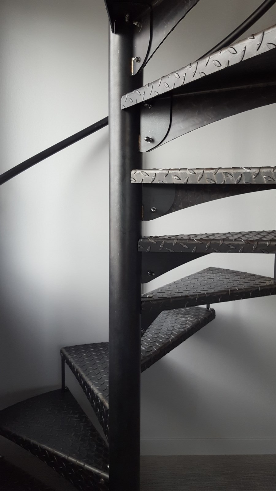 escalier colimacon metal. Black Bedroom Furniture Sets. Home Design Ideas